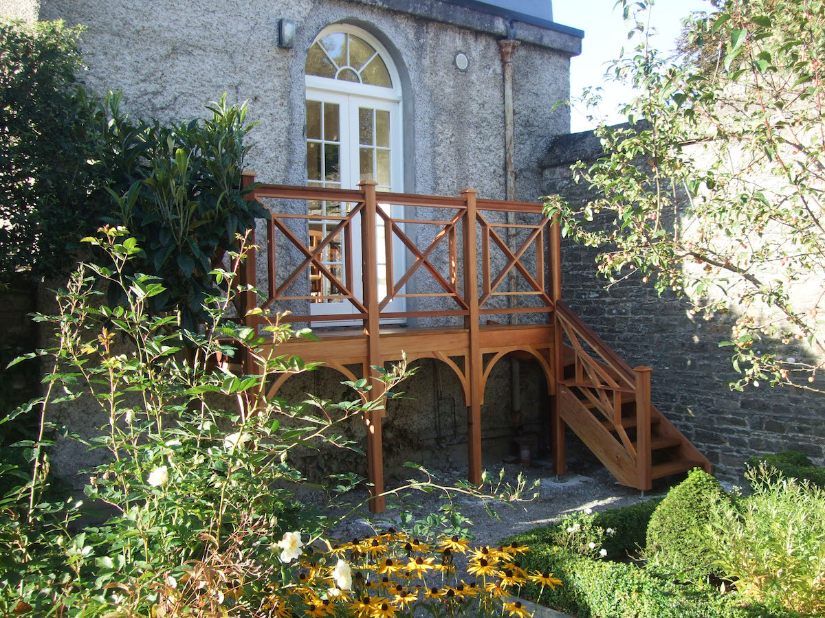 specialist wood stairs outdoor
